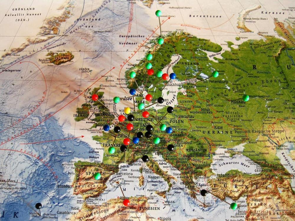 paikkatiedot kartalle